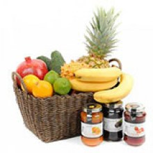 seasonal-exotic-fruit-and-jam-gift-basket